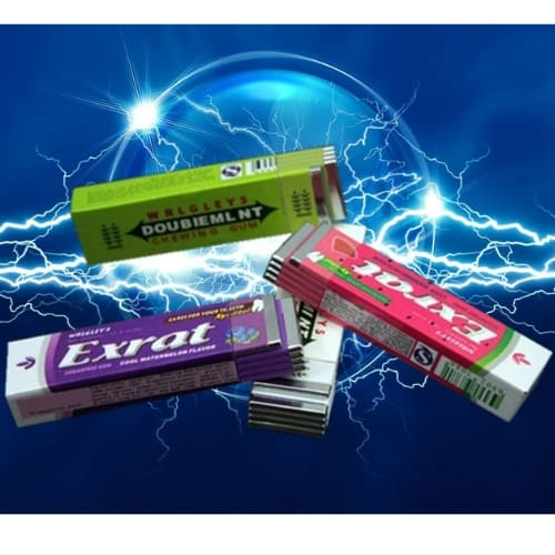 electric-shock-Chewing-Gum-prank-iwantthisandthat2